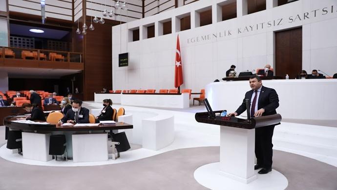 Milletvekili Karadağ , Iğdır'ın aynı zamanda Türk Dünyasına açılan kapı konumunda bulunduğunu vurguladı