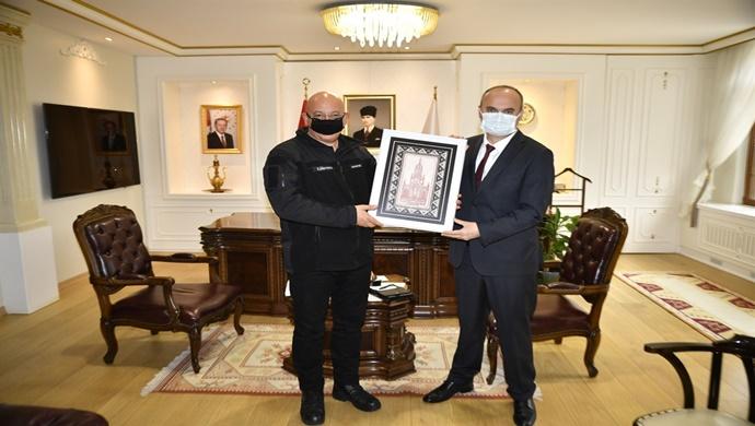 Bulgaristan'ın Çevre ve Su Bakanı Emil Dimitrov'dan Vali Canalp'e Ziyaret