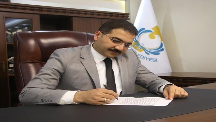 Haliliye Belediye Başkanı Mehmet Canpolat, Çocuklarımızın Bayramı Kutlu Olsun