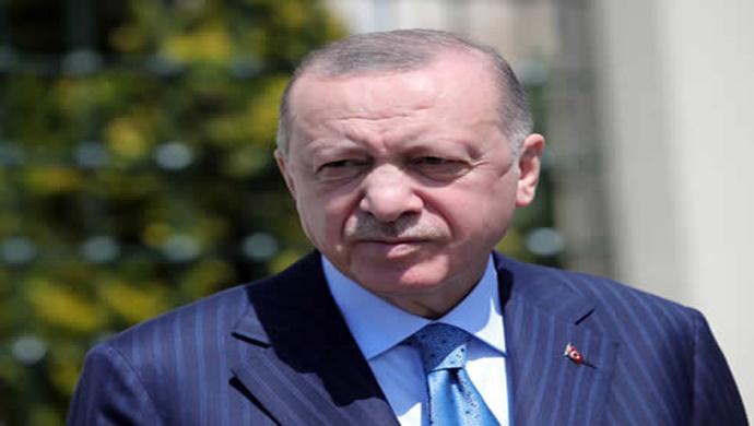 Cumhurbaşkanı Erdoğan, Pakistan Başbakanı Han ile bir telefon görüşmesi gerçekleştirdi