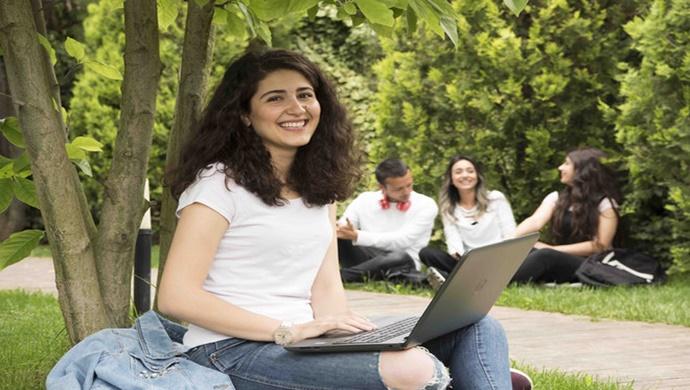 Beykoz Üniversitesi online desteği ile tüm adayların yanında