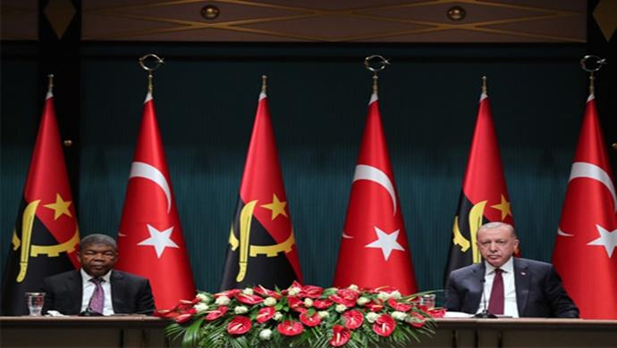 """""""Türkiye terörle mücadelede Angola'nın da yanında yer alacaktır"""""""