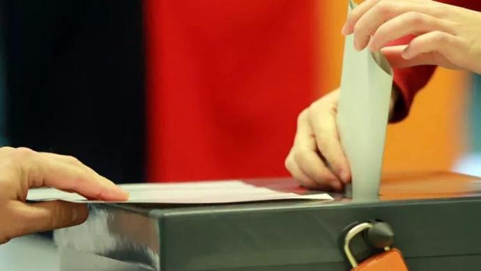 ALMANYA'DA SEÇMEN SEL FELAKETİ FATURASINI CDU/CSU'YA KESTİ!
