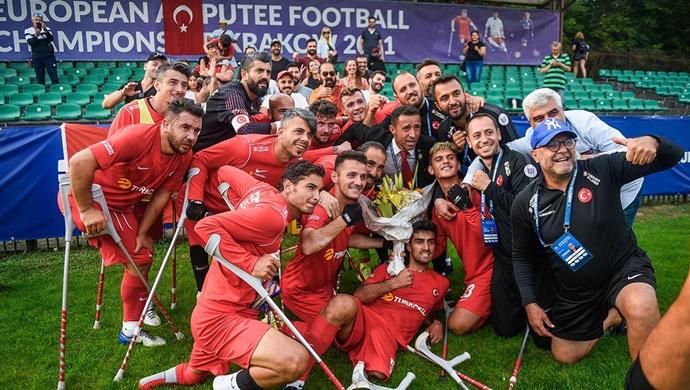 Avrupa Ampute Futbol Şampiyonunu tebrik ediyoruz
