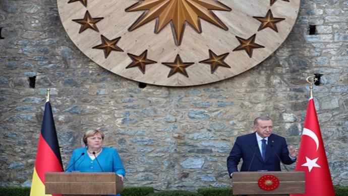 Cumhurbaşkanı Erdoğan, Almanya Şansölyesi Merkel ile ortak basın toplantısı düzenledi