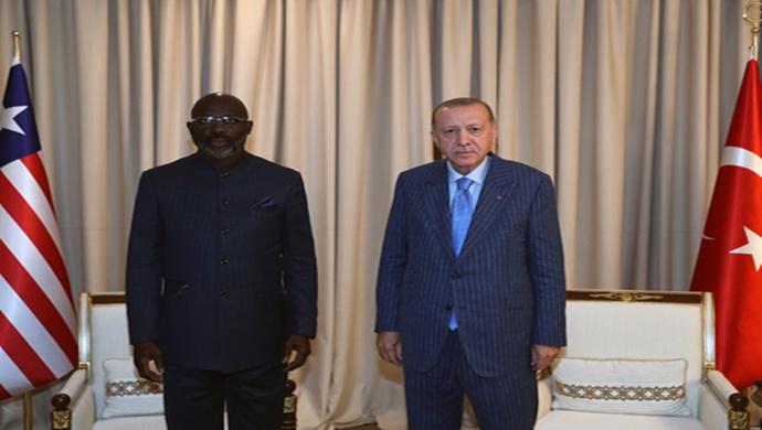 Cumhurbaşkanı Erdoğan, Liberya Devlet Başkanı Weah ile bir araya geldi
